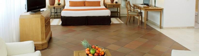 Habitación Superior Doble.  Fuente: hotelalmirantecartagena.com.co
